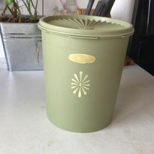 Vintage Tupperware cannister